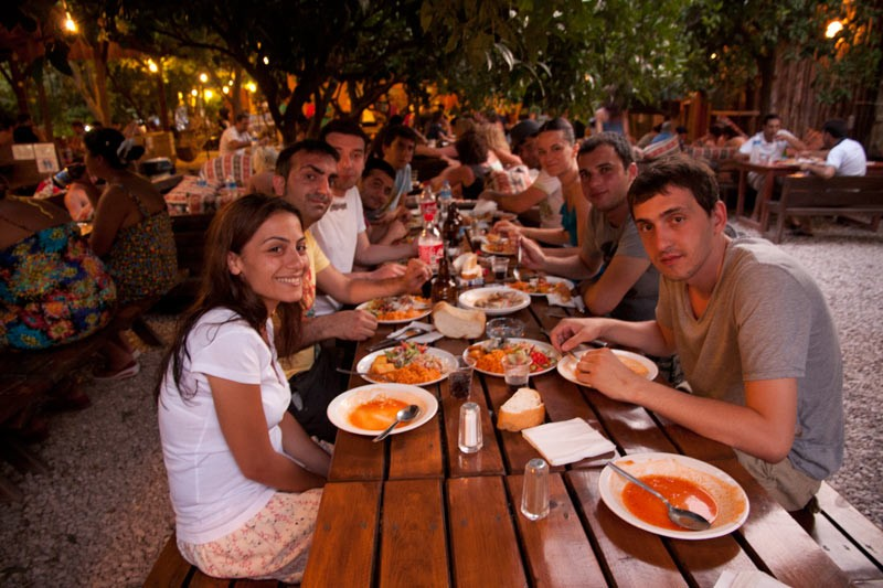 Bayrams-Bayrams_Dinner_Time_4